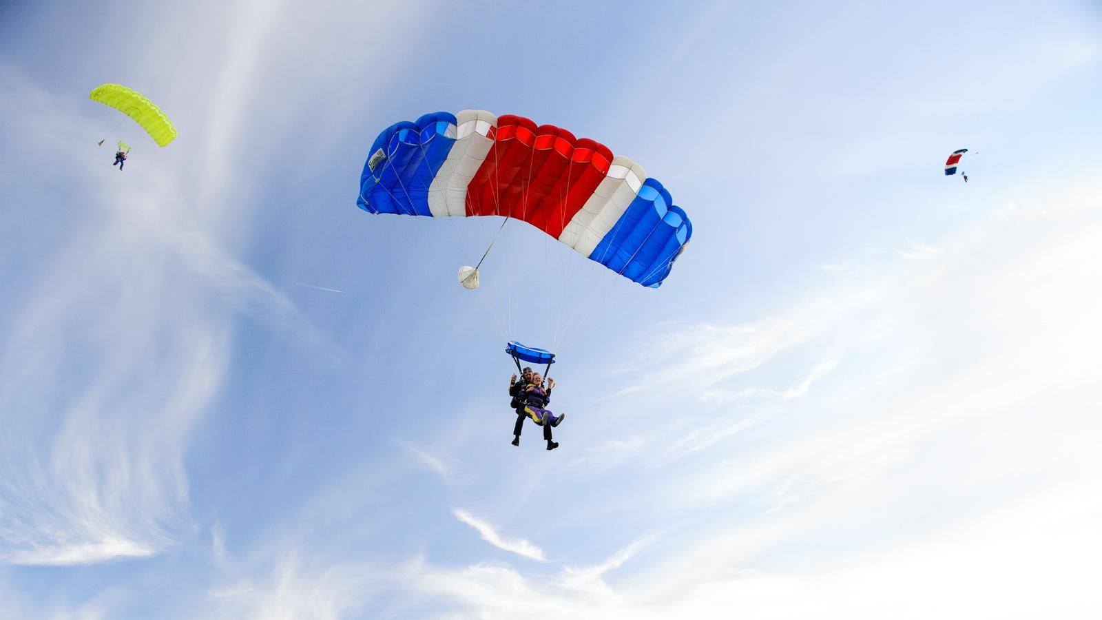 fotograaf Deventer-parachute springen-conceptfotografie-sportfotografie-website fotografie